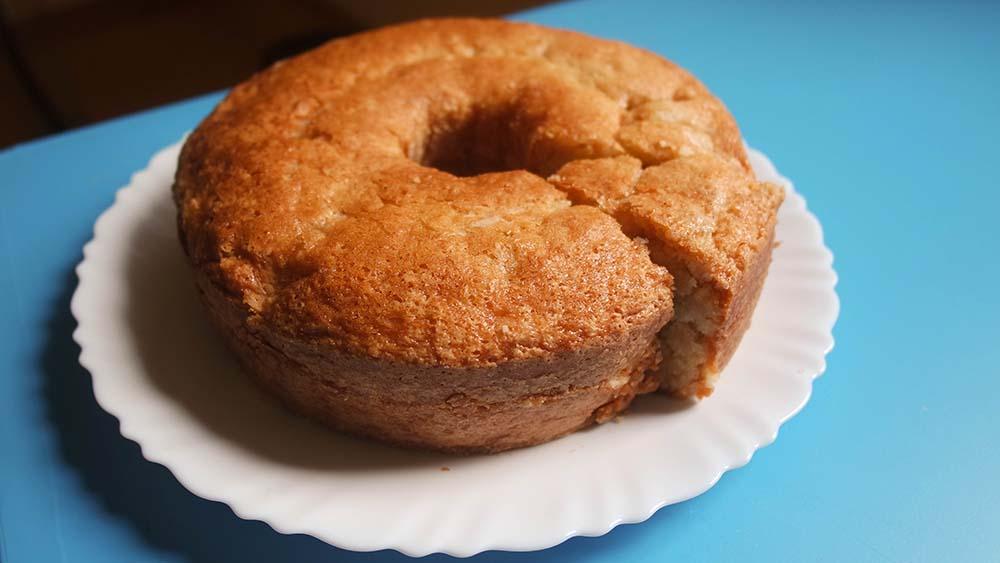 bolo de maçã ou banana vegano - aloka do bicho